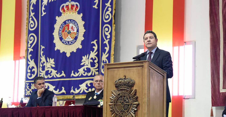 """El presidente García-Page asegura que """"solo el Estado y el poder público tienen la capacidad de gestionar el uso de la fuerza"""""""