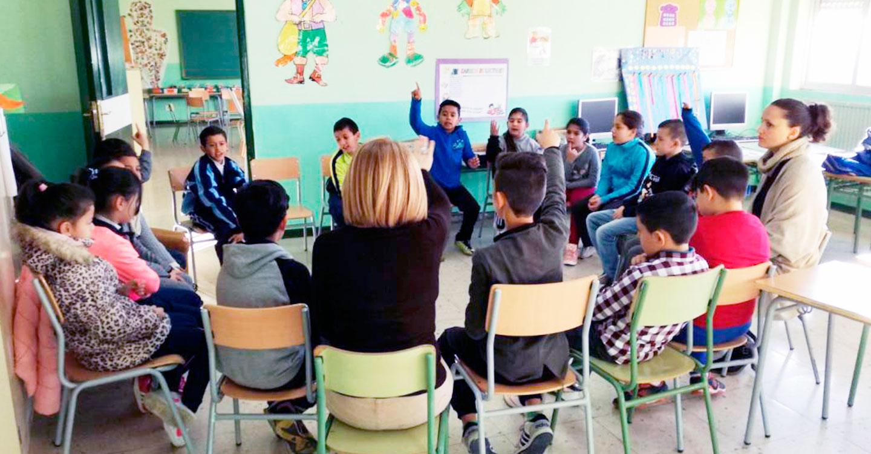 El Gobierno regional convoca estancias formativas de docentes en centros para observar e incorporar buenas prácticas educativas