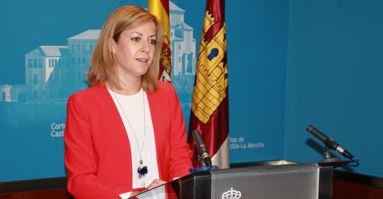"""Abengózar insta a la todavía secretaria general del PP a hacer algo que no ha hecho Rajoy """"que es pedir perdón a los españoles por la corrupción que asola a su partido"""""""