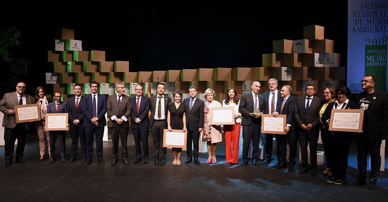 El Gobierno de Castilla-La Mancha ha otorgado el premio regional de Medio Ambiente a la Fundación Global Nature por su compromiso ambiental