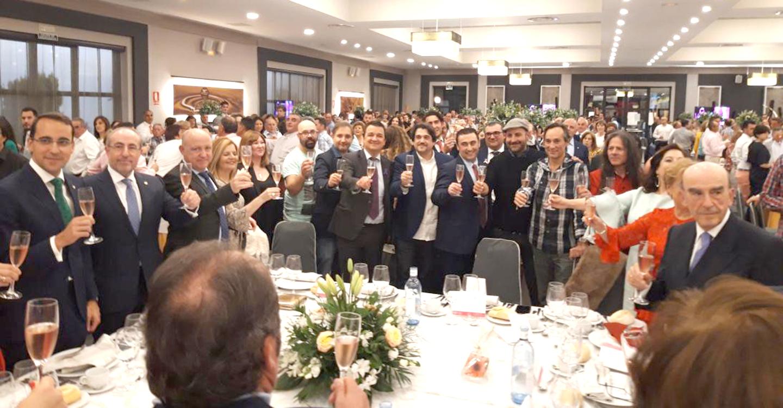 El Gobierno regional destaca el compromiso con la sociedad de los premiados de la Cooperativa 'El Progreso' con especial mención a las mujeres