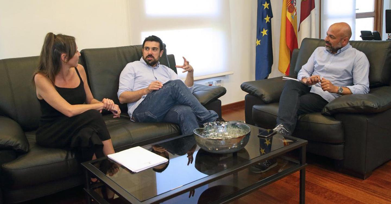 García Molina espera que la futura Ley de Garantía de Ingresos de Castilla-La Mancha abra el debate en las instituciones del estado