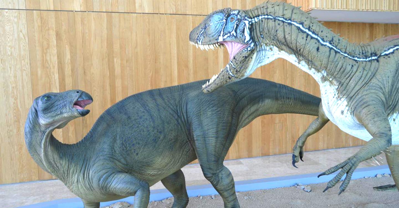 El Museo de Paleontología inaugura un nuevo curso escolar con una conferencia sobre dinosaurios