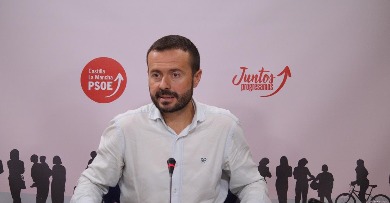 """Escudero: """"Por mucho barniz que le quieran dar, el PP de Núñez es el mismo que el de Cospedal, eso sí, más dividido y más radicalizado"""""""