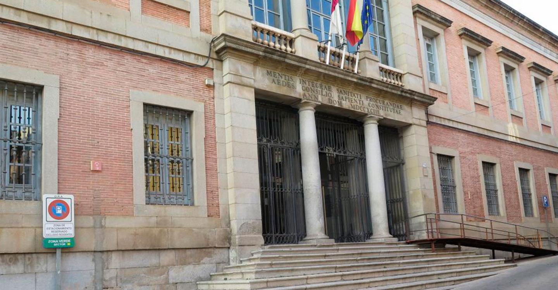 El Gobierno de Castilla-La Mancha valora las positivas previsiones económicas de crecimiento del PIB de la región para este año y el próximo