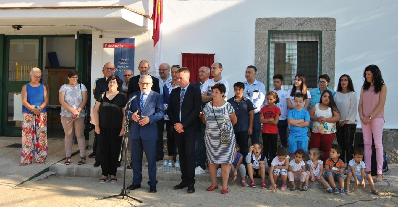 El Gobierno regional reafirma su compromiso con la escuela rural manteniendo abiertos seis colegios con menos de cuatro alumnos
