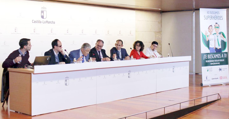 El Gobierno de Castilla-La Mancha atiende a casi 1.300 personas a través de las entidades tutelares