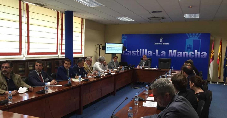 El Gobierno regional contará con entidades financieras y colegios profesionales para la próxima convocatoria de ayudas a la rehabilitación edificatoria
