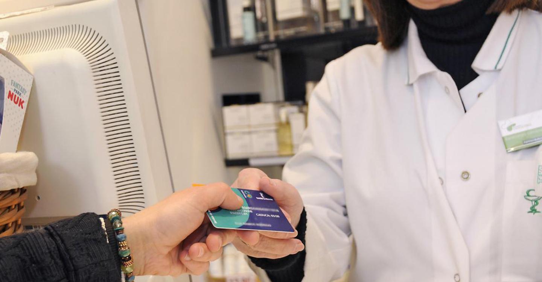Los castellano-manchegos han retirado más de 147.600 recetas electrónicas en las farmacias de otras comunidades autónomas gracias a la receta interoperable