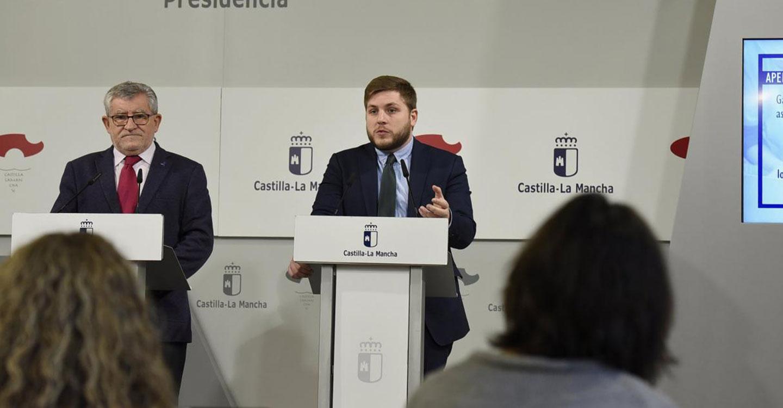 El Gobierno regional destina 3,4 millones de euros para que más de 67.000 jóvenes sigan viajando con descuentos del 50 por ciento