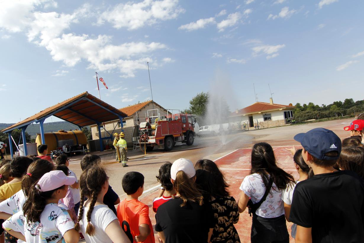 El Gobierno regional traslada a más de 3.500 alumnos el mundo de la prevención y extinción de incendios forestales a través de la educación