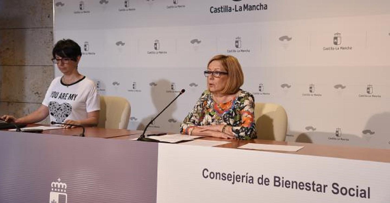 Castilla-La Mancha alcanza en mayo casi 54.000 beneficiarios del Sistema de Dependencia, un 56% más que al inicio de legislatura