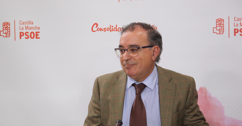 """Fernando Mora: """"La mayoría de los españoles requieren la moción porque censuran la corrupción en el PP"""""""