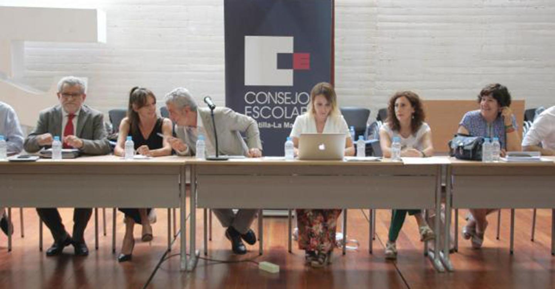 La Ley de Garantía de Ingresos y Garantías Ciudadanas se presenta ante el consejo Escolar de Castilla-La Mancha