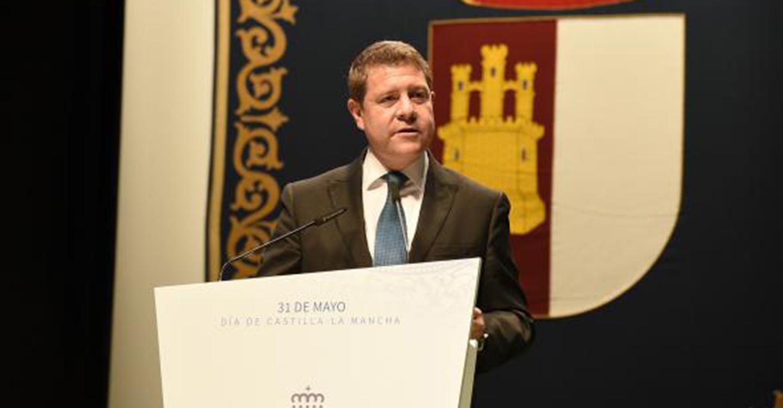 """El presidente García-Page hace un llamamiento a toda la ciudadanía de la región para poner a Castilla-La Mancha """"por delante, limpia y constitucionalmente"""""""