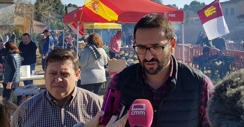 """El PSOE de CLM pide a Núñez que siga el ejemplo de Casado y """"retire los honores a Cospedal"""""""