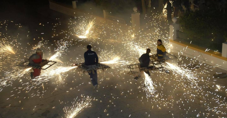 El Gobierno de Castilla-La Mancha reconoce como Fiesta de Interés Turístico Regional al 'Toro de Fuego' de Barrax