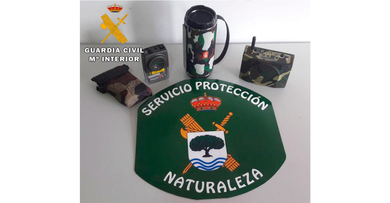 La Guardia Civil sorprende a dos cazadores utilizando reclamos electrónicos para la caza de zorzales en el término municipal de Letur