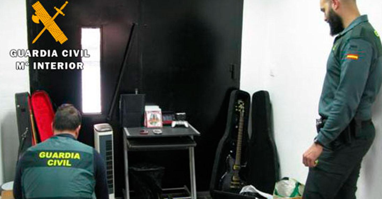 La Guardia Civil detiene a 8 personas por robos con fuerza en una vivienda habitada y seis casas de campo del término municipal de Almansa