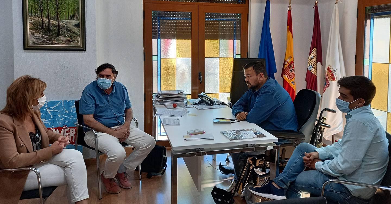 CCOO se reúne con el Alcalde de la Roda para trasladarle las reivindicaciones del sindicato para que RENFE recupere los trenes que se han perdido en La Roda por la pandemia