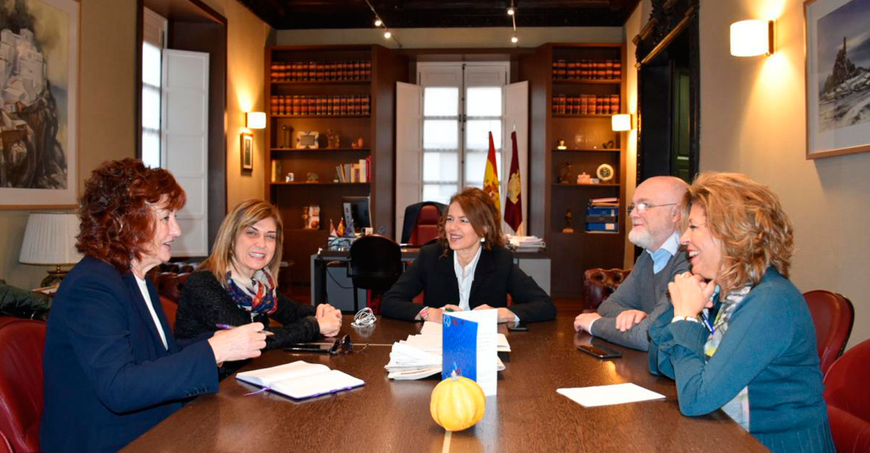 El Gobierno de Castilla-La Mancha analiza con CCOO la situación de los profesionales en los centros públicos de Bienestar Social