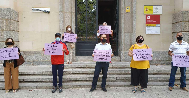 Albacete apoya a Pablo Iglesias e Irene Montero