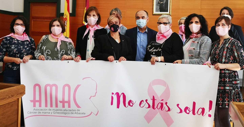 La Asociación de Mujeres Afectadas de Cáncer de Mama y Ginecológico (AMAC) llega a Villarrobledo de la mano de Las Chicas 10