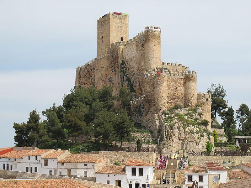 El delegado del Gobierno destaca el trabajo de la ciudadanía en el reconocimiento de la Declaración de Interés Turístico Internacional de las Fiestas Mayores de Almansa (Albacete)