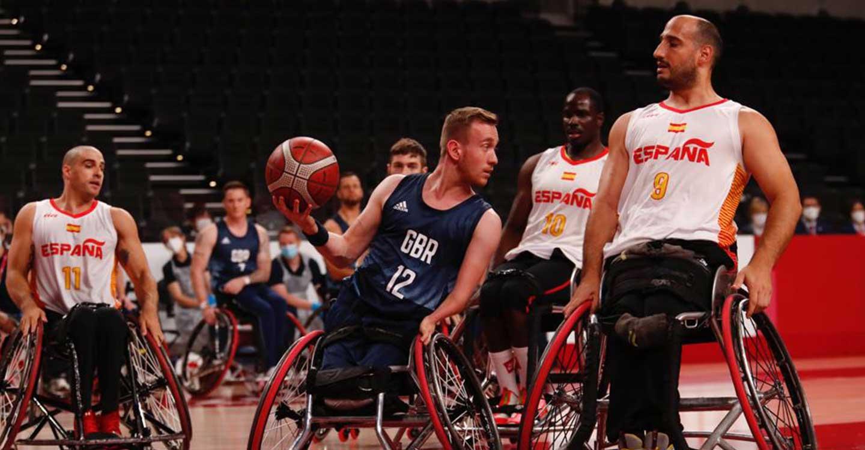 Los jugadores ingleses y españoles del BSR Amiab terminaron las Paralimpiadas disputando el bronce