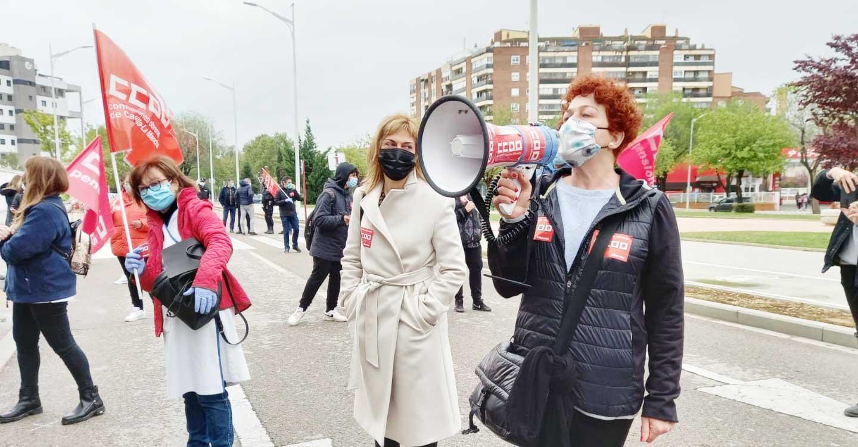 CCOO y UGT amenazan con ir a la huelga si la patronal del sector de la limpieza y de la ayuda a domicilio de Albacete no retira su propuesta de congelar los salarios de 6.000 trabajadoras
