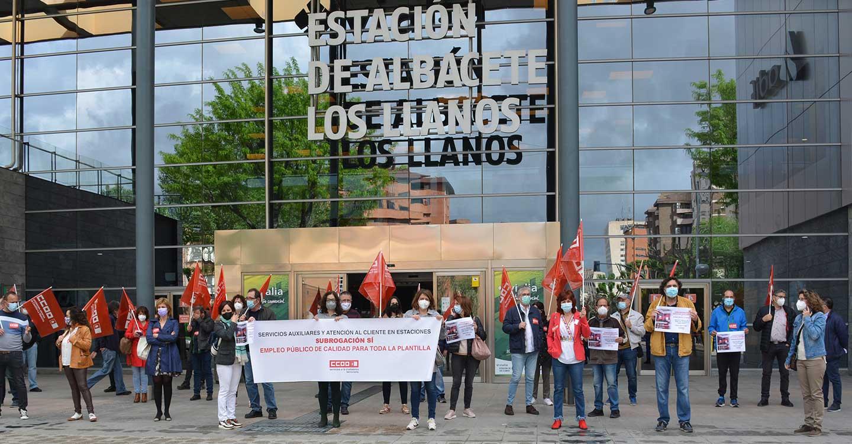 CCOO Albacete se moviliza por el mantenimiento del empleo del personal de Servicios Auxiliares y Atención al cliente en Renfe