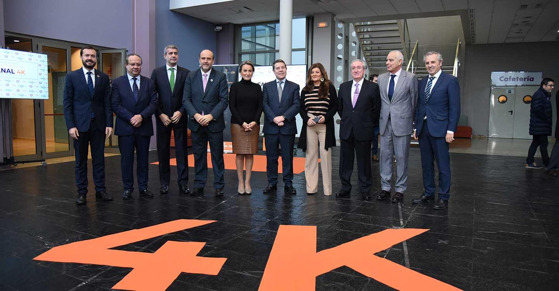 García-Page celebra el mantenimiento de medio millar de empleos en la planta de Airbus en Albacete