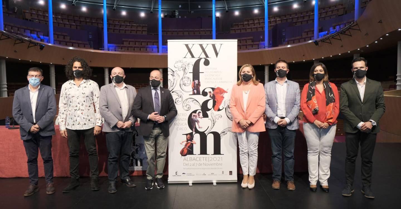 El Gobierno de Castilla-La Mancha recupera la presencialidad de la Feria de Artes Escénicas y Musicales con una destacada apuesta por los espectáculos en la calle