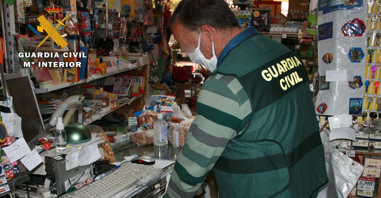 La Guardia Civil de Almansa detiene a una persona que  hurtó dinero de la caja registradora de un comercio de Almansa hasta en nueve ocasiones durante el estado de alarma