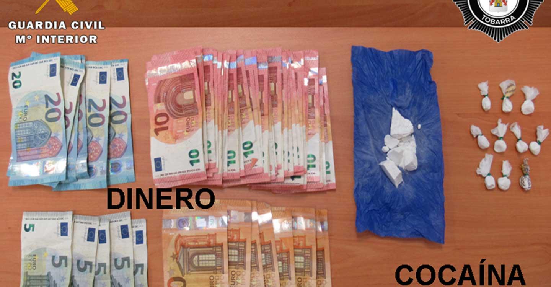 La Guardia Civil y la Policía Local de Tobarra detienen a dos personas por un delito contra la salud pública