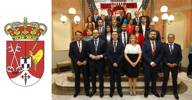 La décima Corporación Provincial de la Diputación de Albacete queda constituida bajo la Presidencia de Santiago Cabañero