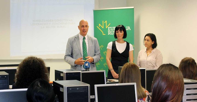 La Fundación Eurocaja Rural comienza en La Roda su programa de liderazgo para mujeres del ámbito rural