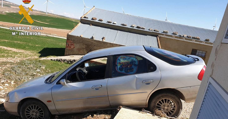 La Guardia Civil detiene a tres personas por un delito continuado de robo con fuerza en naves agrícolas