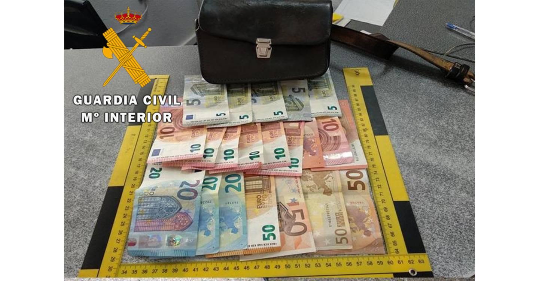 La Guardia Civil detiene a una persona por cometer un robo con violencia en una gasolinera de Tobarra
