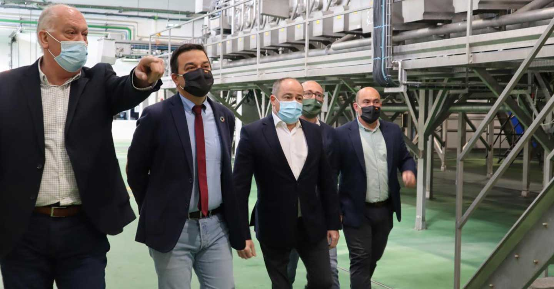 La sustitución de los sistemas de bombeo del Júcar supondrá una inversión de 52 millones de euros y beneficiará a unos 3.000 regantes