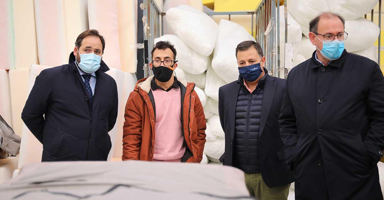 Núñez anuncia una enmienda de 238 millones de euros con un paquete de ayudas para autónomos, pymes, hosteleros y comercio local para `salvar´ al tejido productivo de CLM