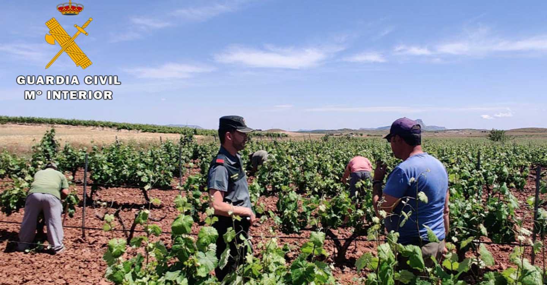 La Guardia Civil detiene a dos personas e investiga a una tercera por usurpación de identidad