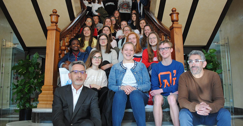 El alcalde de Valdepeñas recibe a alumnos belgas de intercambio con el IES Gregorio Prieto