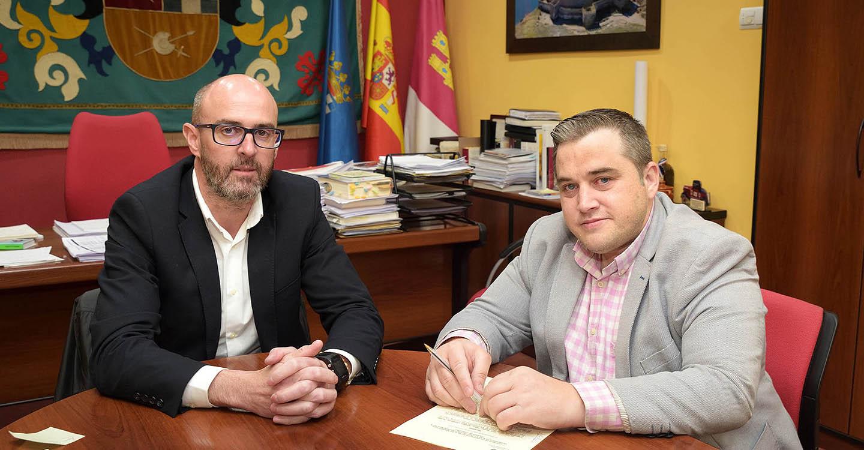 La AECT y el Consistorio argamasillero buscarán líneas conjuntas para la activación del sector empresarial