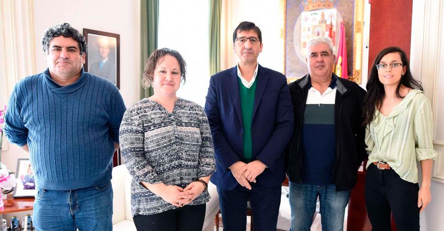 El alcalde de Retuerta del Bullaque pide ayuda en la Diputación para la reforma integral del centro de salud