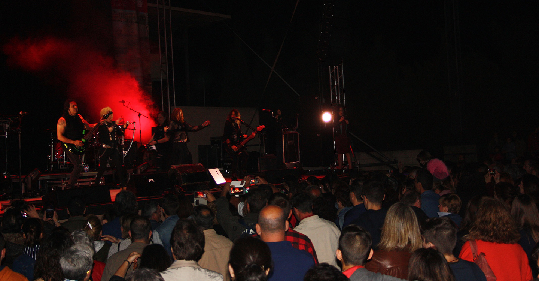 Medina Azahara reúne en Porzuna a más de 3.500 personas gracias a los conciertos de la Diputación de Ciudad Real