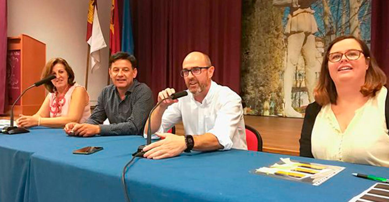 Pedro Ángel Jiménez y Julián Morcillo participaron en la entrega de los carnés del curso de Fitosanitario Cualificado
