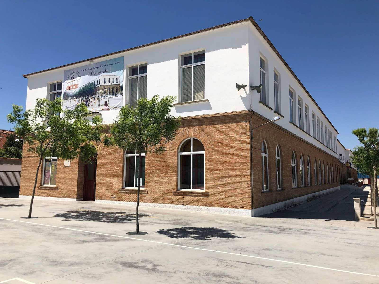 El PSOE de Socuéllamos denuncia el parón en las obras del patio de infantil del CEIP Gerardo Martínez