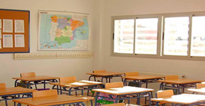 CSIF reclama aumento de plantillas y un gasto mínimo de 5.800 euros anuales por alumno para reconstruir la educación pública