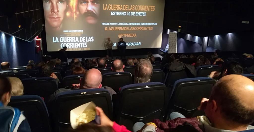 """El COIIM  invitó  a sus colegiados al preestreno de """"la guerra de las corrientes"""""""